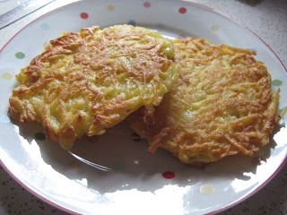 Wandering Chopsticks: Vietnamese Food, Recipes, and More: Latkes (Jewish Potato Pancakes)