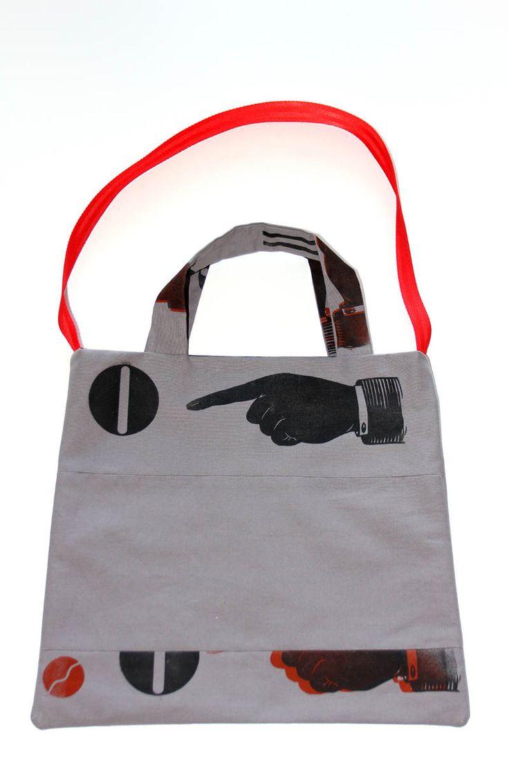 tote bag impression lettres typo et mains : Sacs bandoulière par ampersand-press-lab-ig