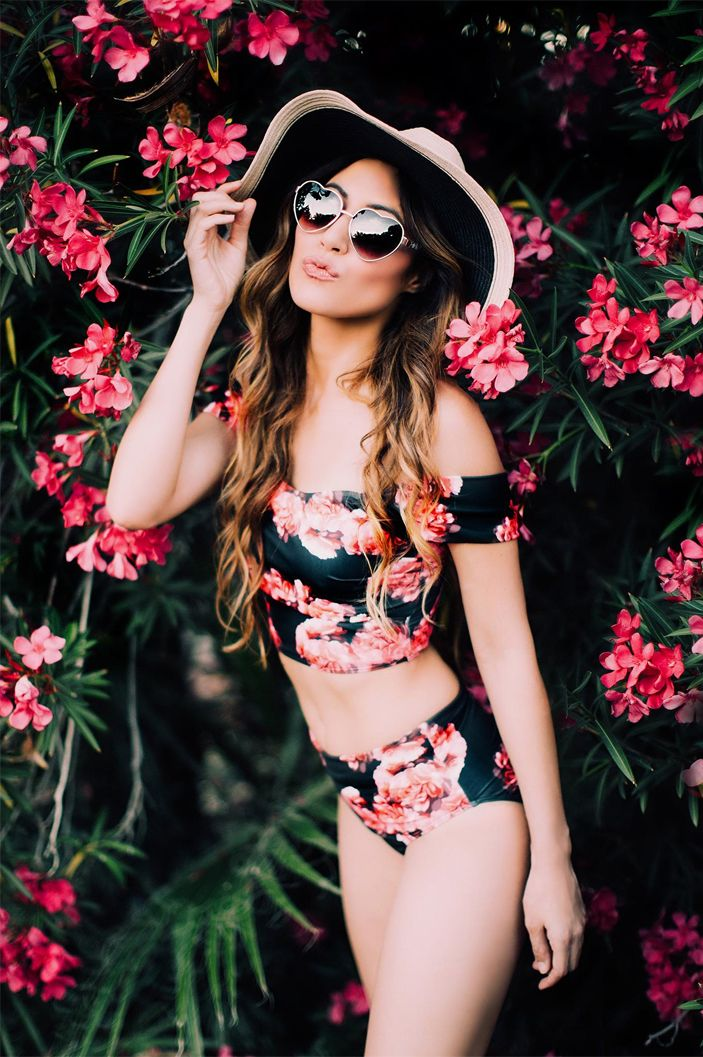 @solange_marie_ in the Santiago Floral Crop Top + High Waisted Swimsuit Bottoms | @albionfit
