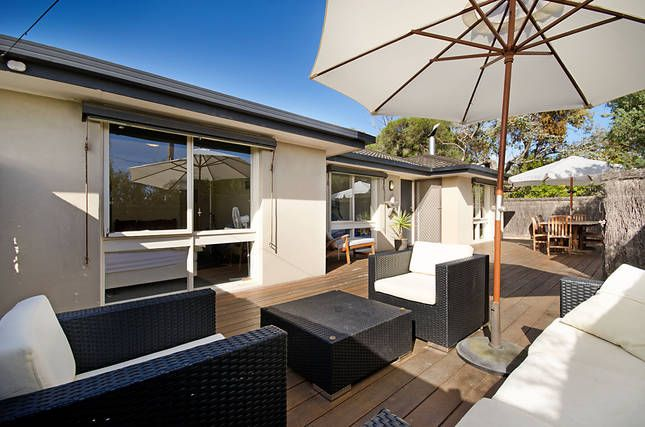 With a Deck   Point Lonsdale, VIC   Accommodation