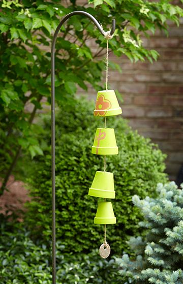 Terracotta pot wind chime p g everyday home garden for Terracotta wind chimes