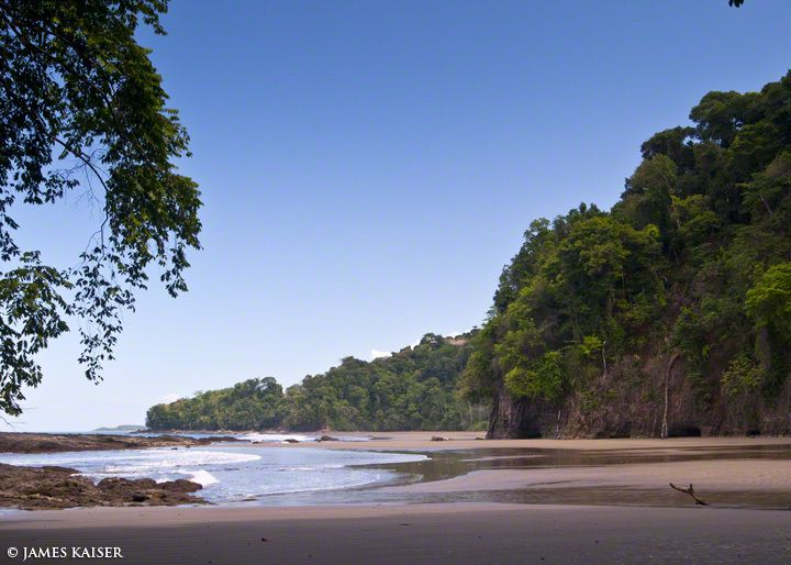 One of the most hidden beaches in Costa Rica, Playa Arcos is surrounded by steep hills covered in dense jungle. The beach is part of Marino Ballena National Park, and the easiest access is via La Cusinga Eco-lodge, which is perched on a nearby hill and maintains a short hiking trail to the beach.
