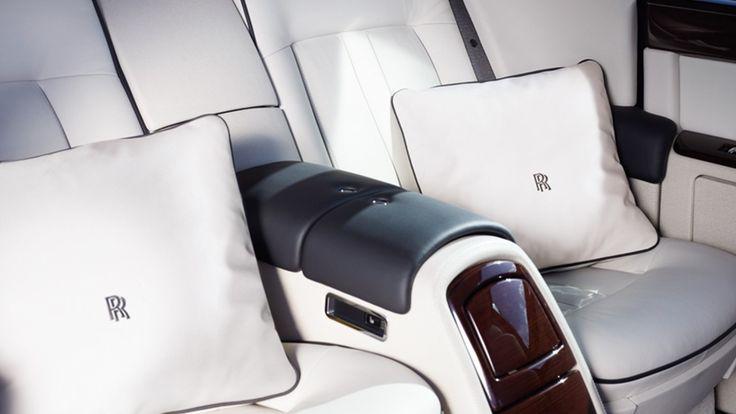 Rolls-Royce Rolls-Royce Pillow Cushions | RRautomobilia