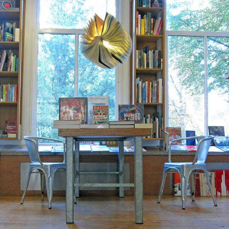 Atlas Book Lamp - Michael Bom - Bomdesign