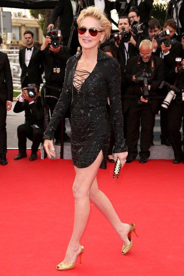 Sharon Stone teamed a dress by Emilio Pucci with Salvatore Ferragamo accessories.