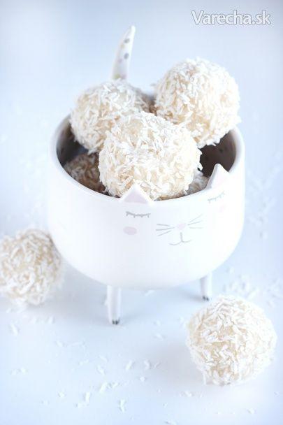 Raw vegánske kokosové guľky - Recept