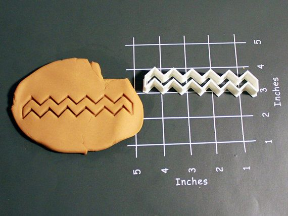 Long Close ended CHEVRON Cookie Cutter Made to by CookieParlor