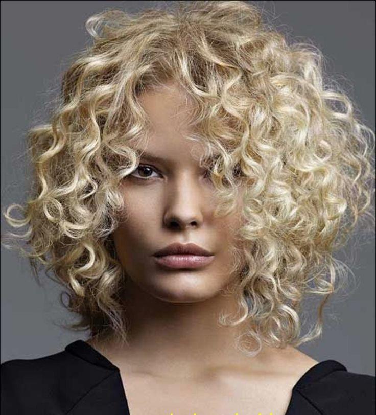 cool Женские стрижки на вьющиеся волосы (50 фото) — Модные идеи для средних и длинных локонов