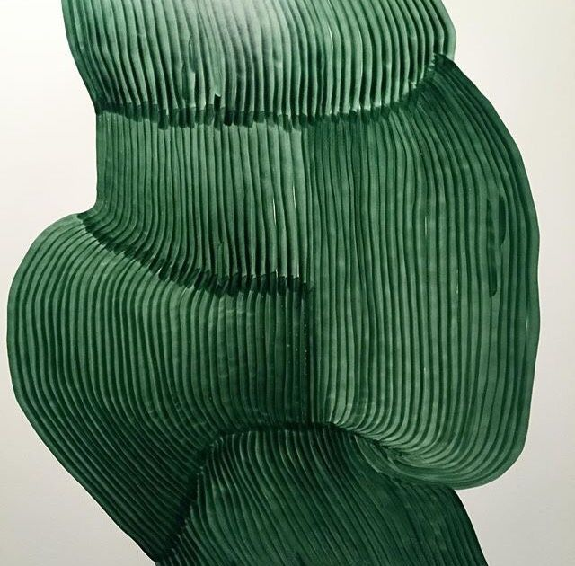 ➸ Textures are amazing! @oozefina #pleats #green #watercolor