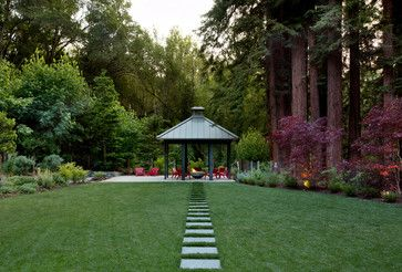 10 Extreme Backyards That Look Too Good To Be True (PHOTOS)