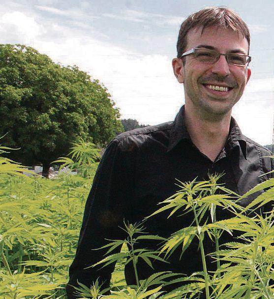 Dem Cannabis verfallen - Im vergangenen Oktober 2014 gegründet, ist der auf Cannabisprodukte spezialisierten Thurgauer Medropharm GmbH mit Hanfpulver bereits der Sprung nach Kanada geglückt schreibt das St. Galler Tagblatt. Mike Toniolo gab Herrn Christof Lampart Auskunft. www.medropharm.ch #medropharm #cannabis #mezidin #thc #cbd #marihuana #cannabismedizin