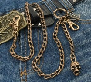 Make an impact in the wallet chain major league with this brass yellow skull chain. A new twist on an old gentleman's accessory. Great for truckers, bikers, punk rockers, or anyone who likes the newest fashion trends. #Wallet #Chain