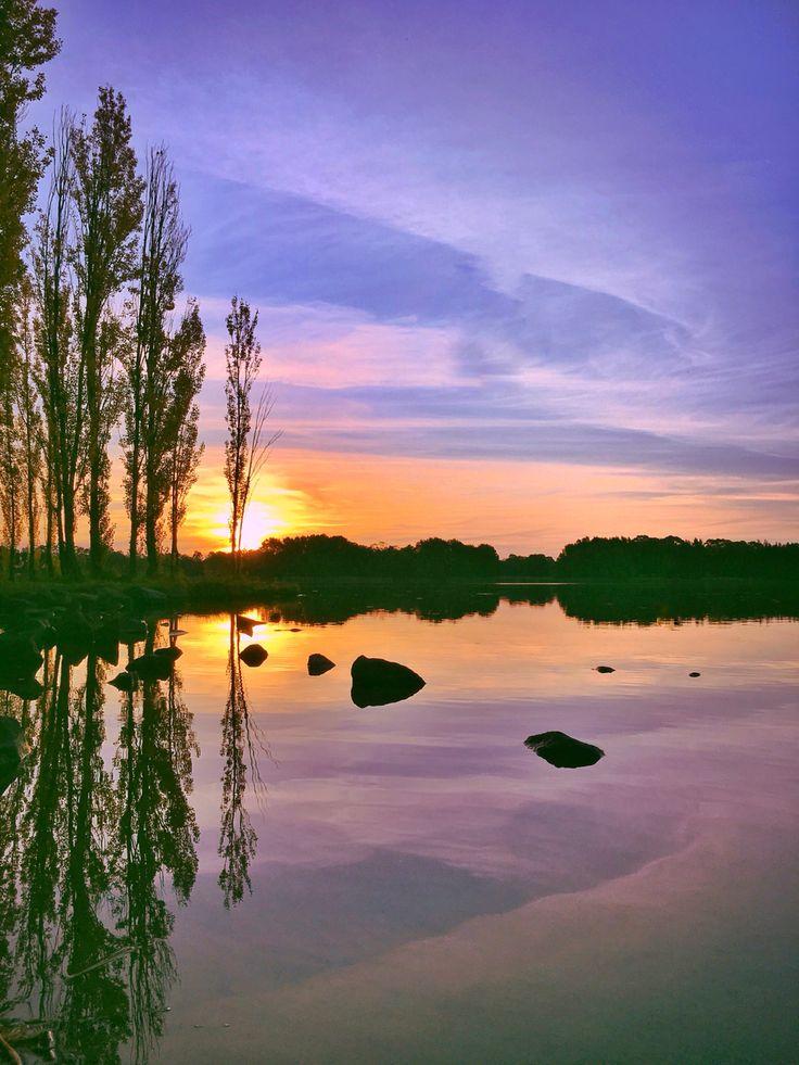 Sunset, Lake Ginninderra, reflections