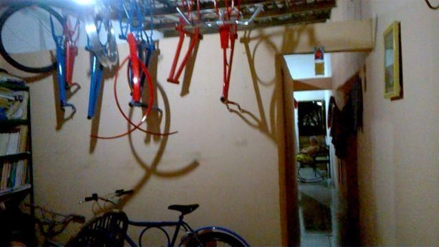 Procuro: Bicicletas monark barra circular aro 26 . Tenho aro 24