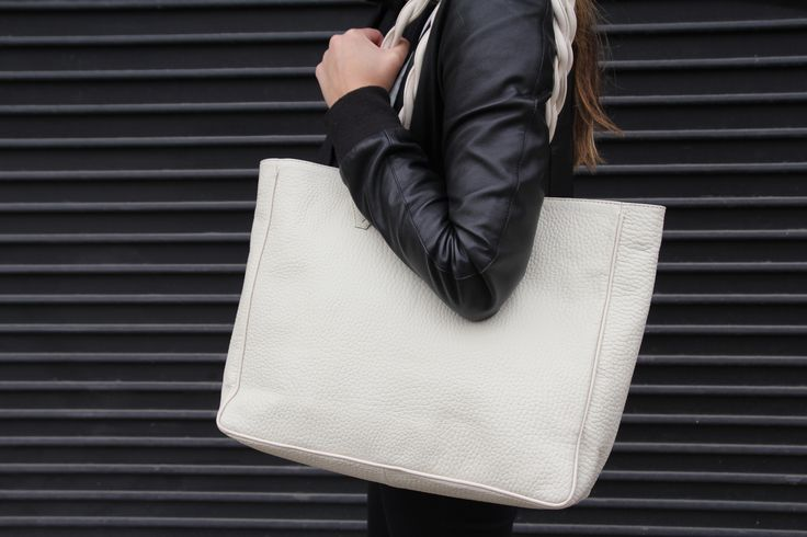 KILLA TOTE! everyday bag for everyday use by Kon-Dor handbags <3 #leathertote