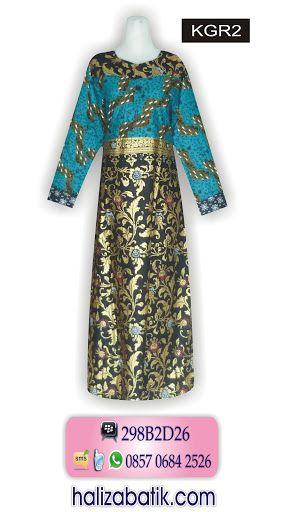 Keterangan : Gamis batik modern. Batik muslim bahan katun. Model gamis batik terbaru model lengan panjang dengan kancing depan. Warna dasar tosca yang dikombinasikan dengan warna hitam. Harga Rp 115.000
