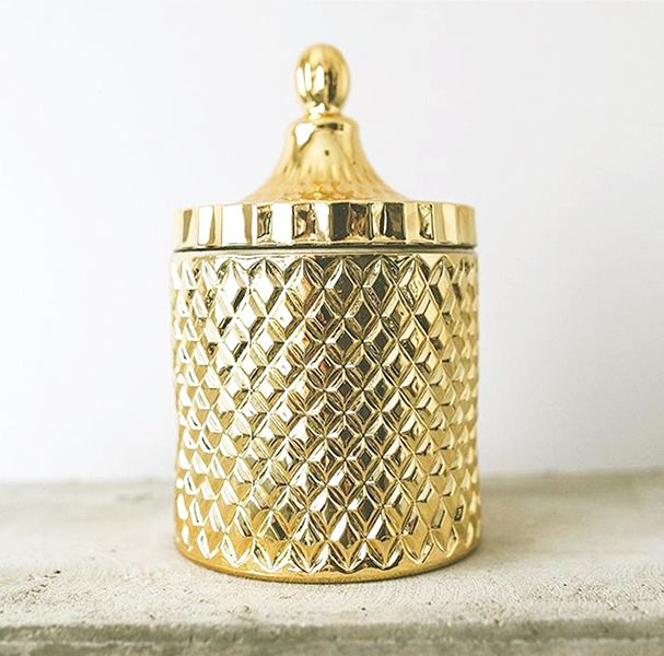 Gold Geometric Candle - An exquisite diamond cut geometric glass candle jar with matching domed lid to add a touch of luxe and glamour to your space. All candles are: 100% Vegan & Cruelty free. Contain no GMOs, Paraffin or Phthalates.