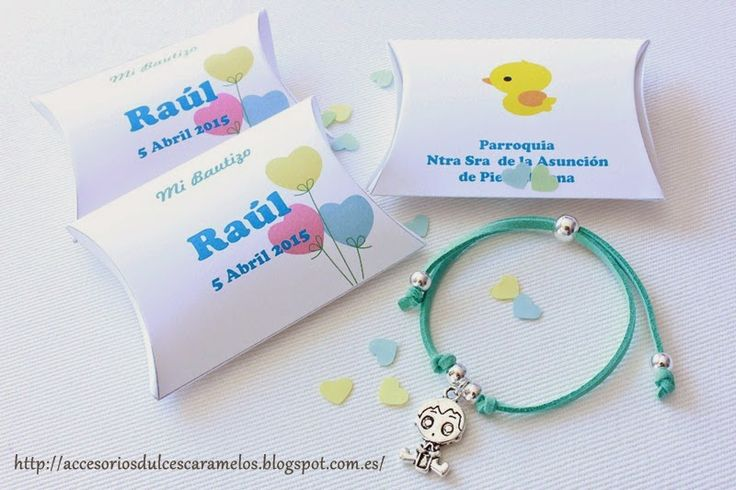 Pulseras de ante con charm de bebé para el Bautizo de Raul, christening http://accesoriosdulcescaramelos.blogspot.com.es/2015/04/pulseras-de-ante-con-charm-de-bebe-para.html