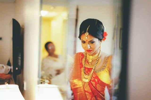 Find the 5 best #bridalmakeupartist of #Bengaluru at one place?Check out this article.