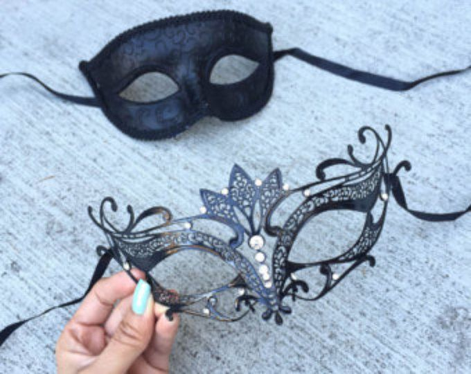 Black Themed His /& Her Dream Angel Prom Venetian Masquerade Couples Mask Set