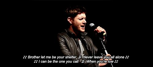 "Jensen Ackles singing ""Brother"" by NEEDTOBREATHE at VegasCon last weekend ❤️❤️❤️"