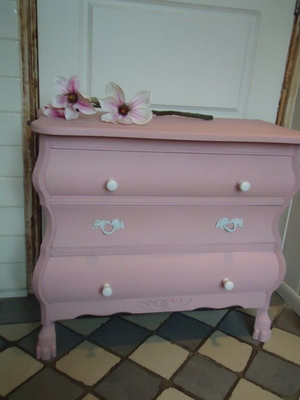 VERKOCHT Roze buikkastje   Brocante meubels   `t Bonte koetje