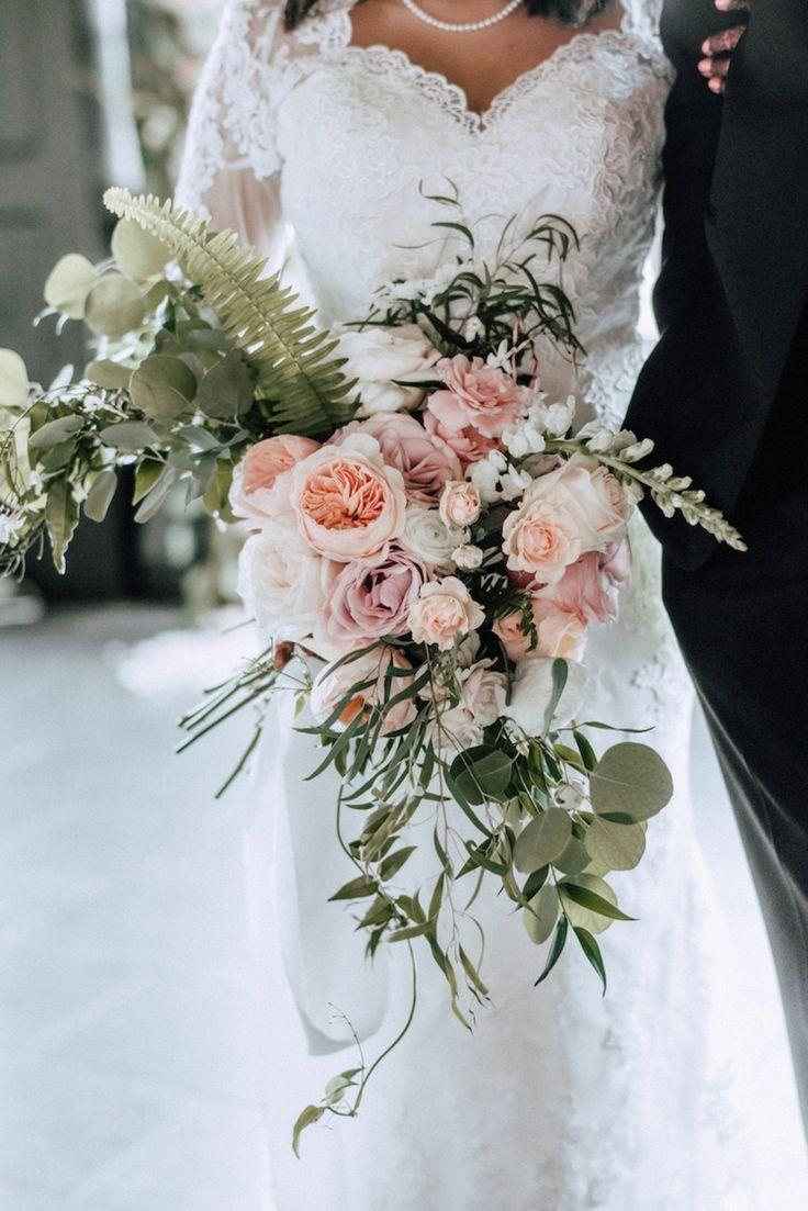 brautstrau vintage creme altrosa pfingstrosen wedding