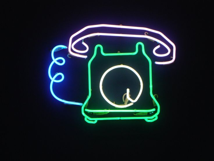 Les 34 meilleures images du tableau martial raysse sur for Neon artiste contemporain