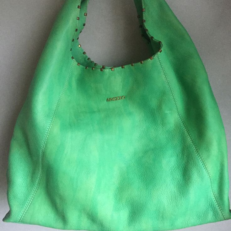 Dressbe   Bolsa Couro Arezzo #bolsaverde #bolsadecouro #moda #arezzo #bolsa