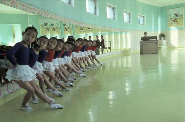 Magnum Photos Photographer Portfolio - NORTH KOREA. 1979. Pyongyang. Children at a model kindergarten. -  Hiroji Kubota