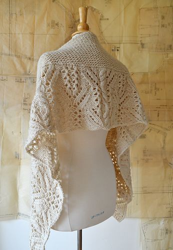 Introductory Sale: Save 25% on this pattern with the coupon code SHAWL25 through Sunday, October 29.