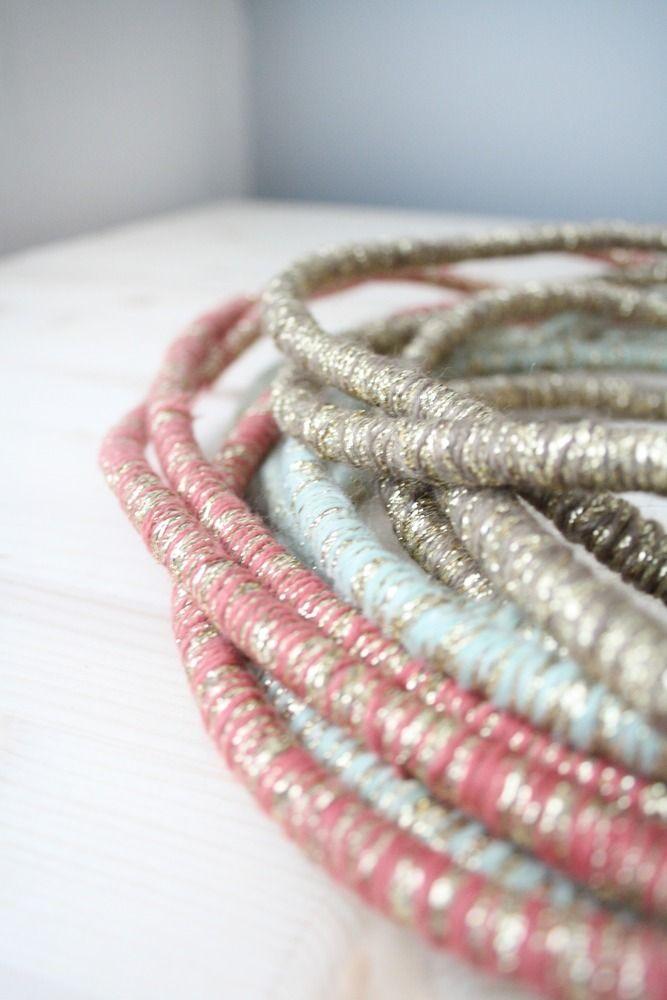 Baladeuse cordon en laine et lurex   LES PETITS BOHEMES