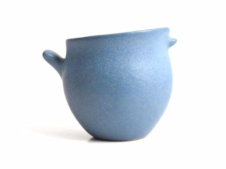 Vintage Mid Century Bennington Pottery David Gil Stylized Bird Creamer c1950-60s #MidCenturyModern