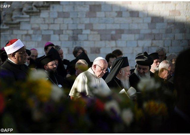 Papa: Transmitan la paz a cada uno de nosotros - Radio Vaticano