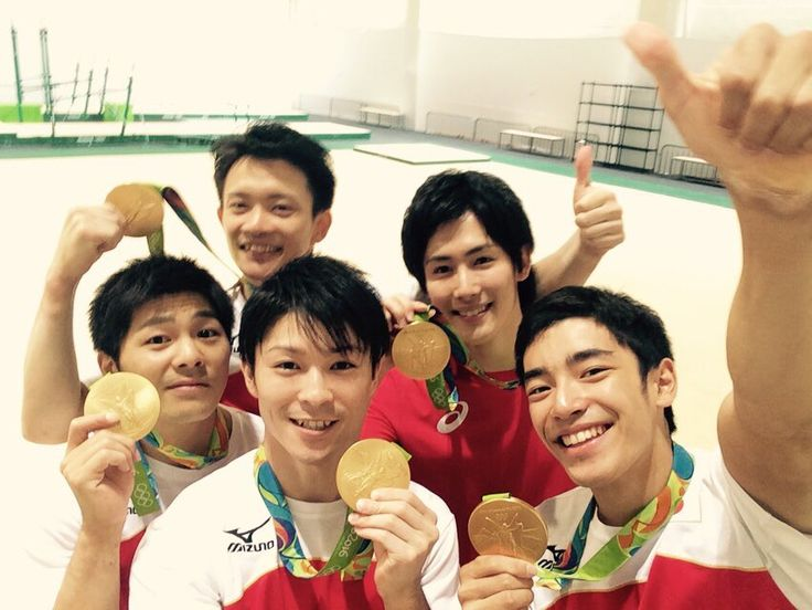 体操男子団体、金メダル獲得!白井選手のツイートの like はなんと 32 万越え!リオデジャネイロオリンピック・リオ五輪2016