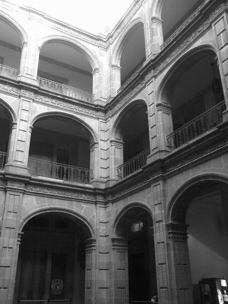 Antiguo colegio de san ildelfonso m xico df for Sanborns azulejos historia