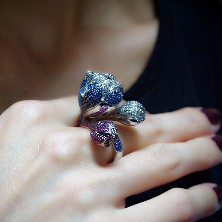 "Shop ""Passion"" Sapphire Flower Ring | Plukka"