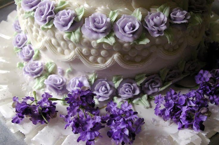 wedding cake in omaggio e tante altre promozioni per i futuri sposi http://matrimonio-economico.blogspot.it/p/offerte.html