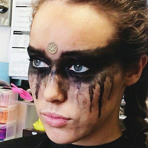 closeup of Lexa's makeup | The 100 #Costumemakeup