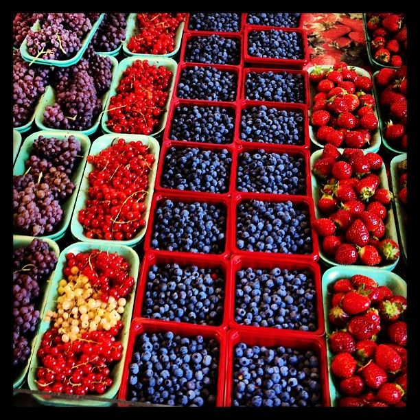 Marché Jean-Talon market with all kinds of fresh foods and gourmet treats. Great place to take photos--so many colorful photo ops! And, talk with the locals.