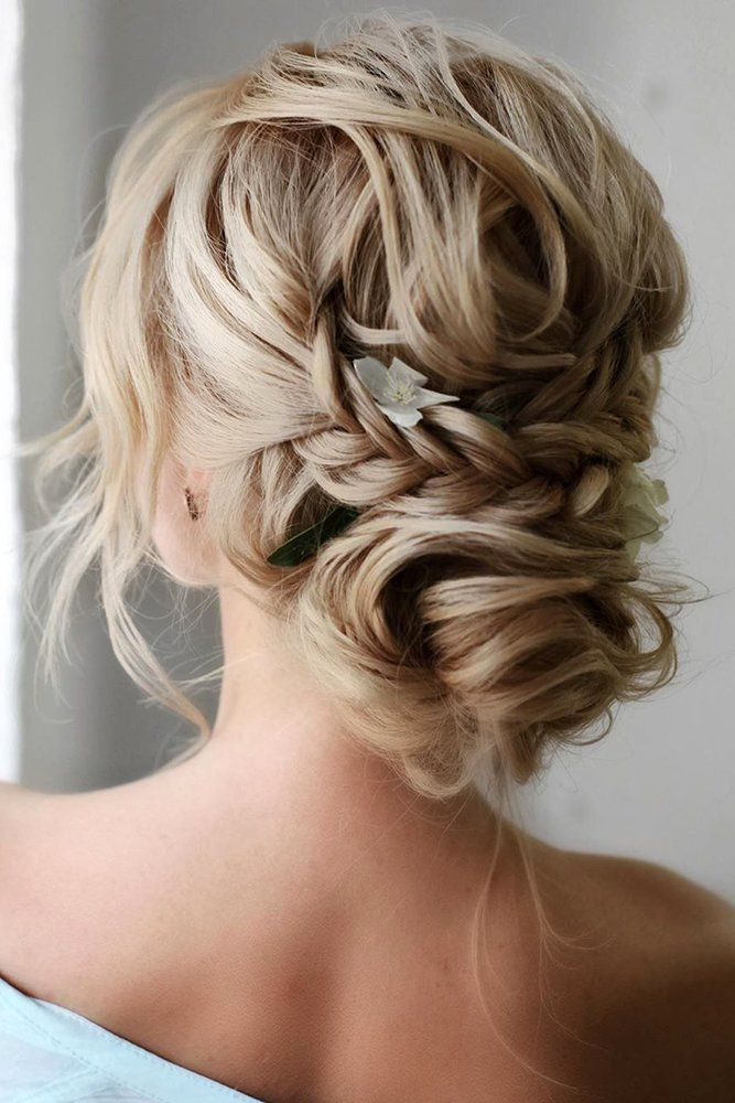 Curly Wedding Hairstyles From Playful To Chic Bride Hairstyles