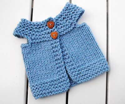 Doll vest made from scrap yarn
