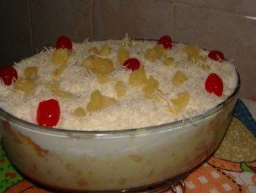 Receita Bolo gelado de pirex com creme de leite ninho