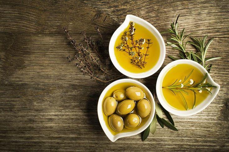 Oleje používáme běžně v kuchyni či v péči o pokožku. Ale co když jsou využitelné i jinak, než jsme zvyklí? Co znamená oil pulling a čím může být prospěšný...