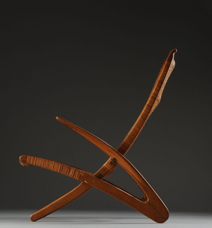 Hans Wegner; #JH510 'Dolphin' Folding Chair for Johannes Hansen, 1950. Detail.