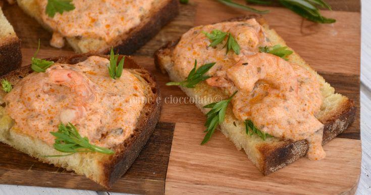 Bruschetta+al+pomodoro+e+gamberi+cremose