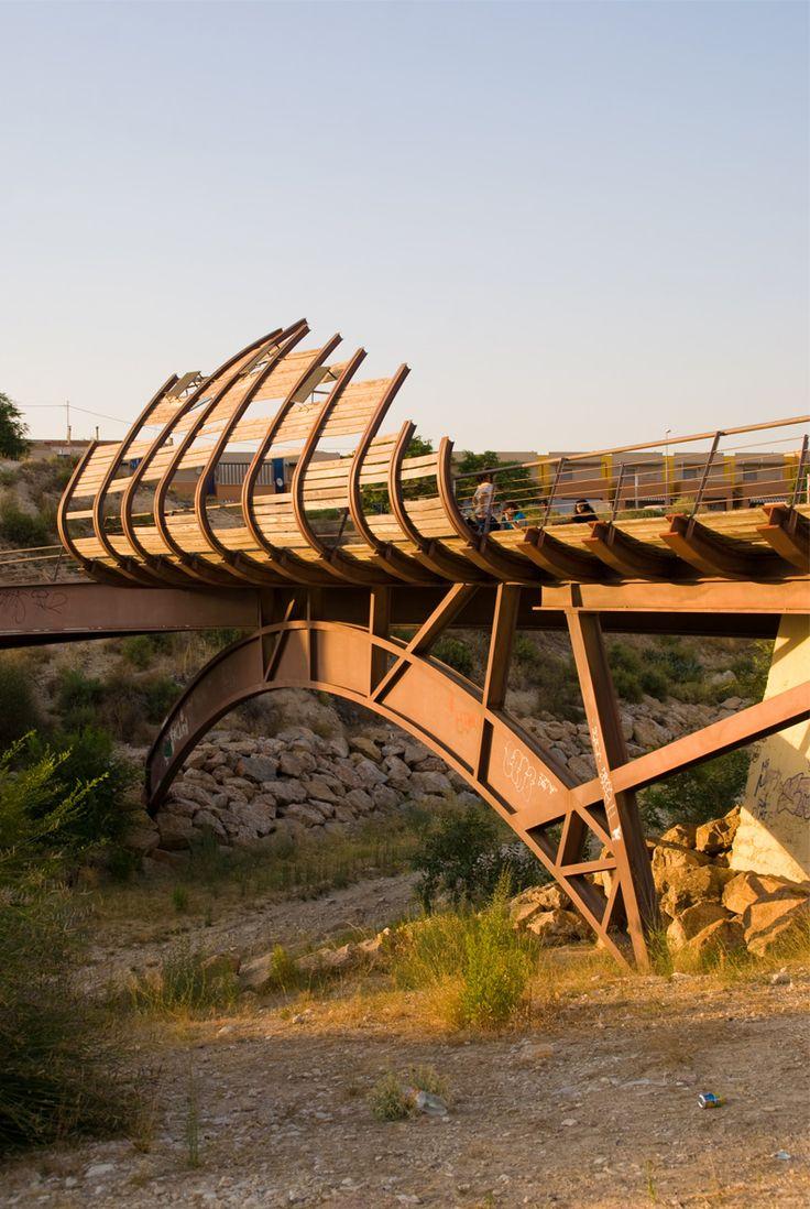 how to build a suspension footbridge