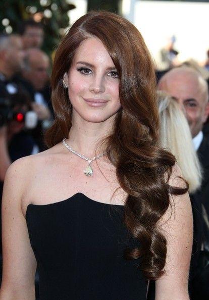 Lana Del Rey Brown Hair Color Formula:  Base: Equal parts 5N, 6GD  Mix with: 20 vol creme developer  Foils: 6TO  Mix with: 30 vol creme developer