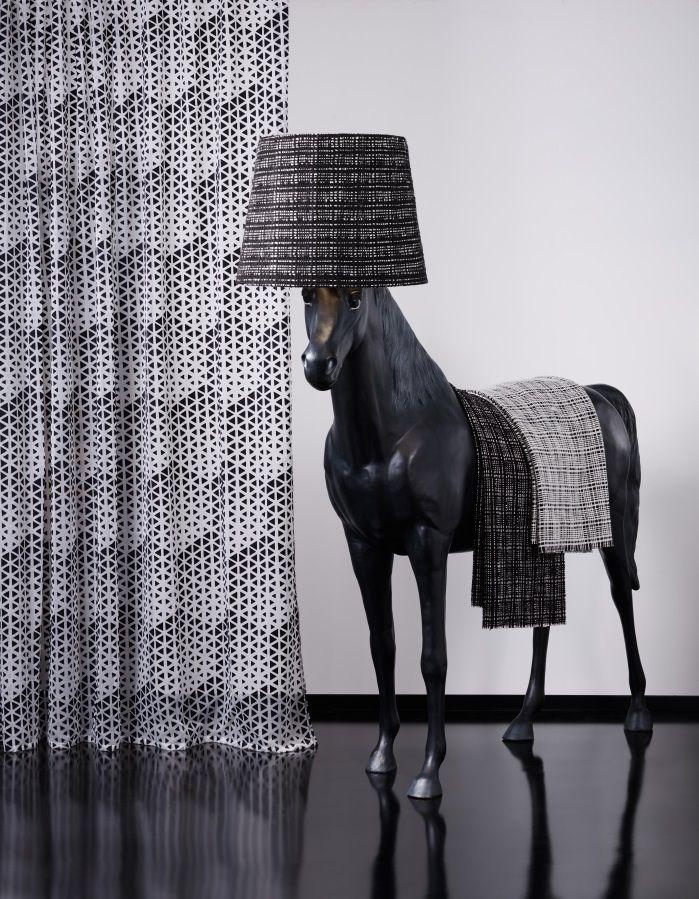 Charlie de Saum! Black & White! #blackorwhite #blackandwhite #interior #design #ontariofabrics