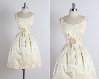 Laurette . vintage 1950s dress . vintage by millstreetvintage